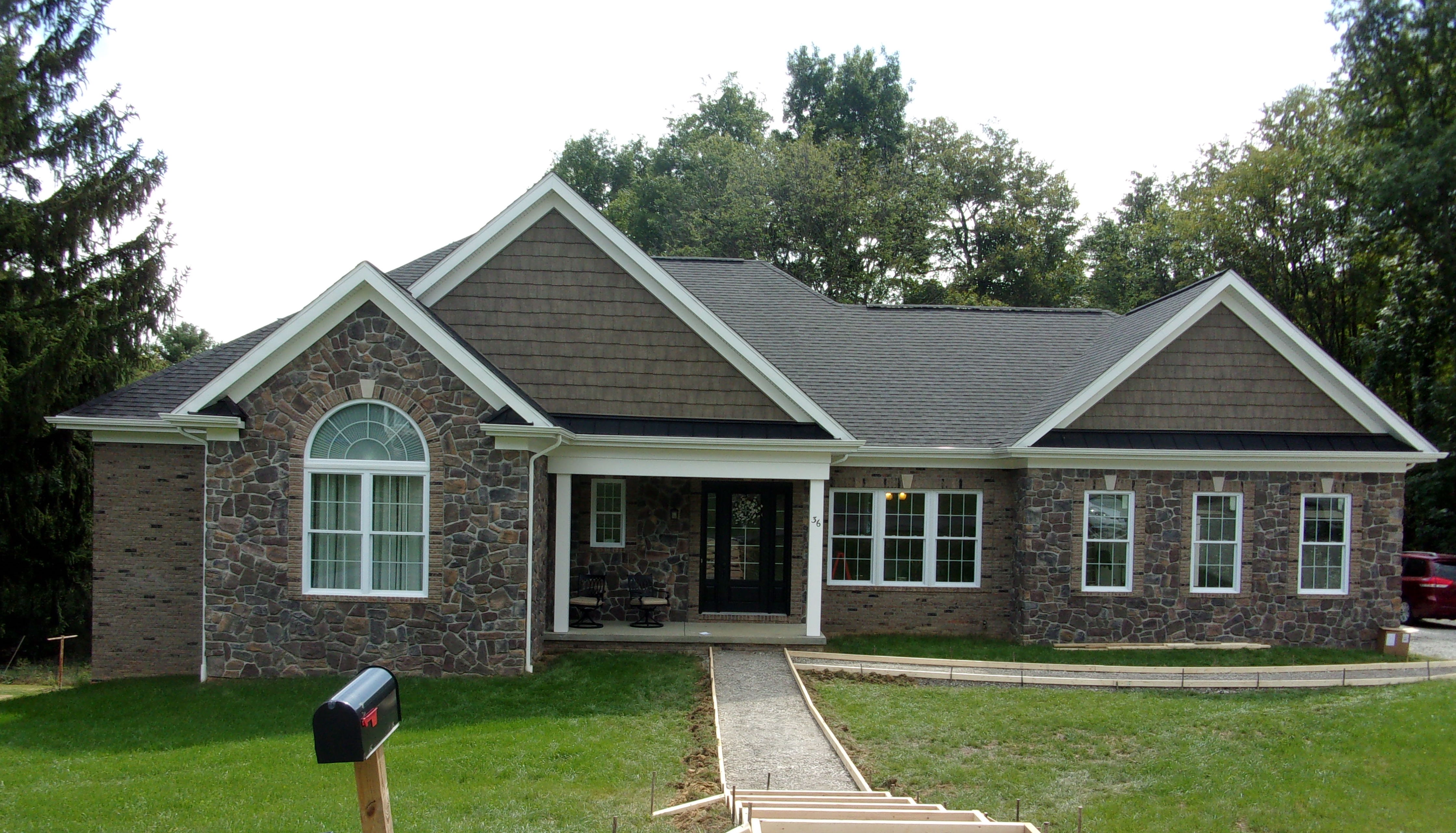 The Finishing Touches Vinyl Siding Or Brick Togo Custom Homes